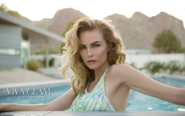 VIVA GLAM MAGAZINE SUPERMODEL KIMBERLY COZZENS PALM SPRINGS