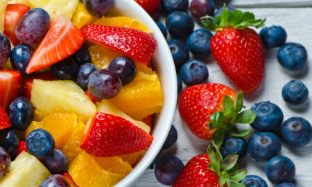 reasons-not-to-skip-breakfast-fruit-salad-bowl-of-fruit