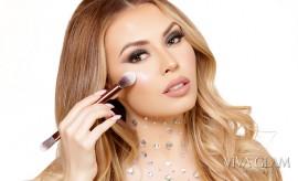 jade marie viva glam magazine makeup artist contour brushes