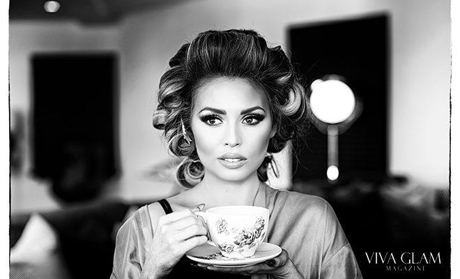 Jade Marie JadeyWadey180 viva glam magazine beauty makeup tutoria katarina van derham