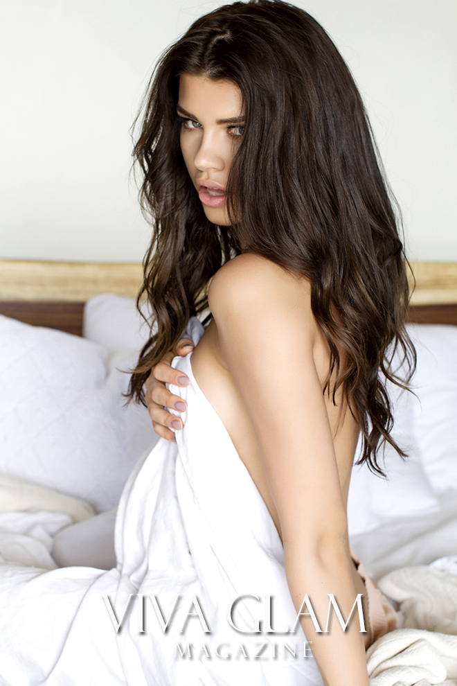 karolina chomistekova viva glam magazine supermodel mexico sayulita cashmere hair sexy