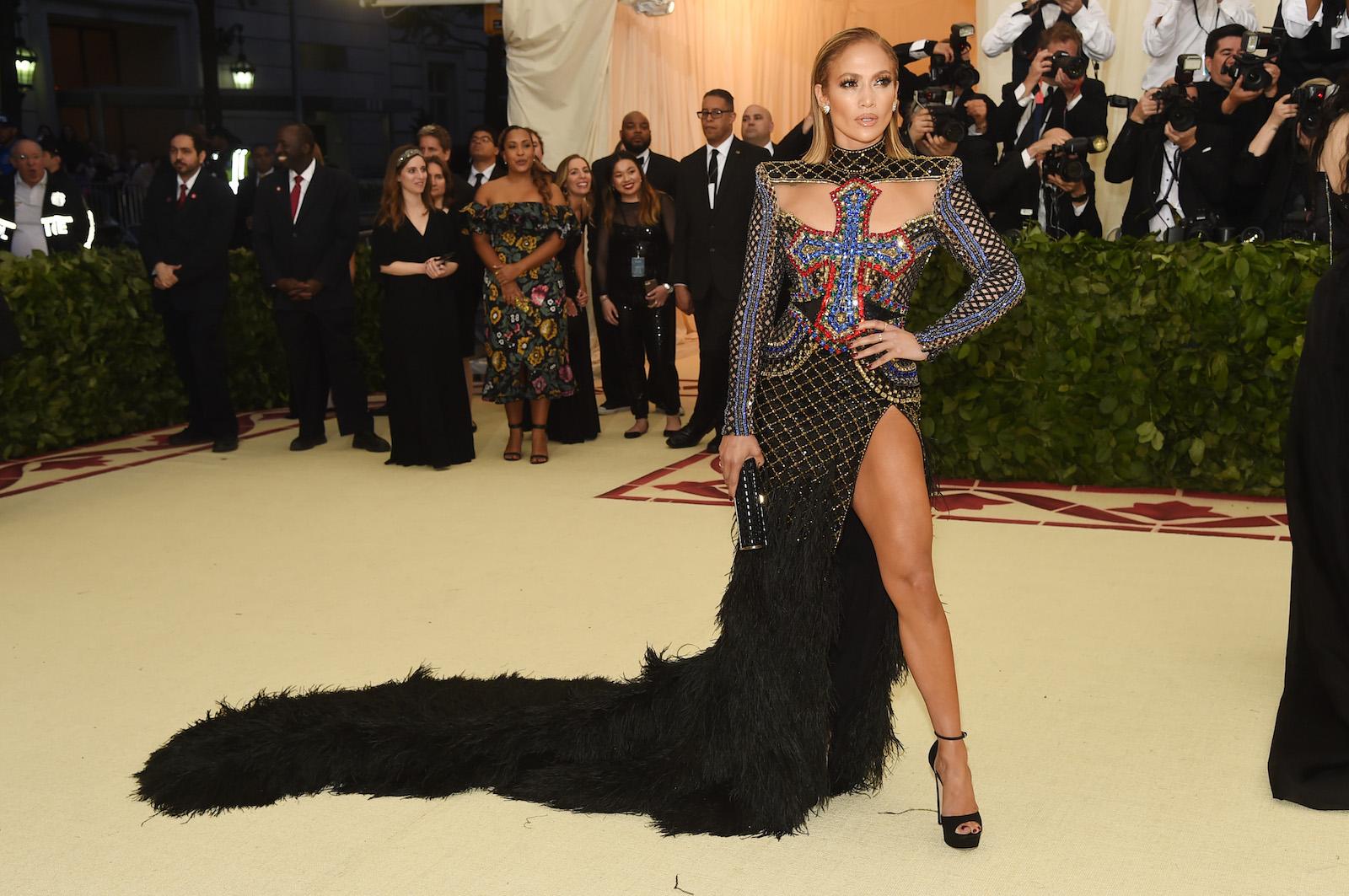 Red Carpet Style Crush: SEXY Jennifer Lopez