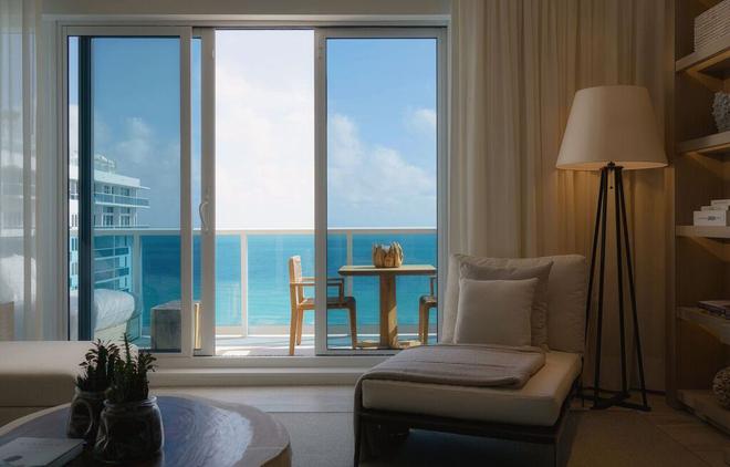 Eco Luxury Miami 1 Hotel South Beach Room view