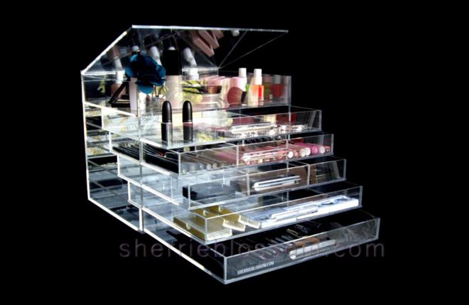 Celebrity Gift Bags Icebox cosmetic organizer Sherri Blossom