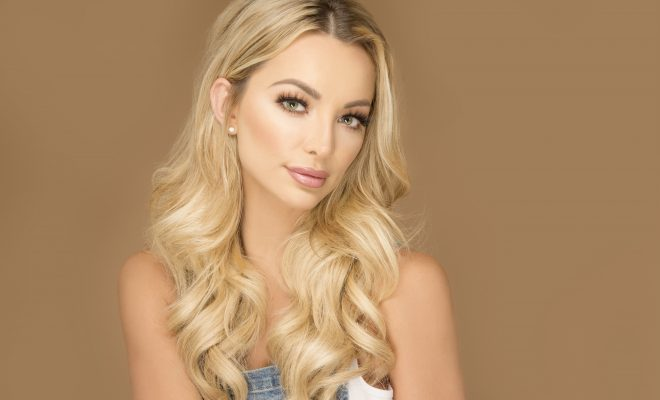 """Lindsey Pelas: """"Strength is Not a Goal. It's Just Who I Am ..."""