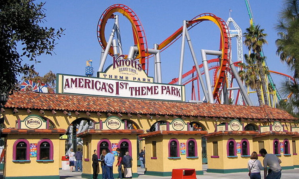 Yum! Knott\'s Berry Farm Offers Plant-Based Menu! - VIVA GLAM MAGAZINE