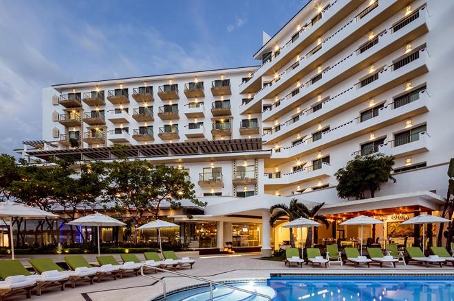 Villa-Premiere-Puerto-Vallarta-Mexico-Hotel