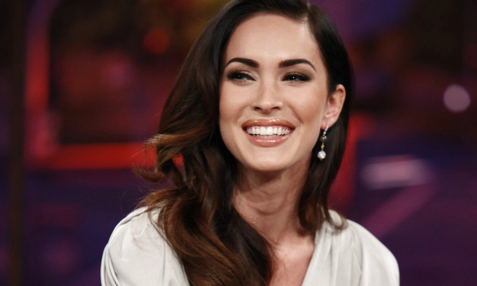 megan fox brings back old hollywood glamour to the fall 2017