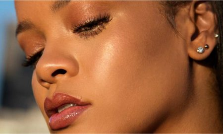 fenty_beauty_rihanna_makeup_beauty_gloss_foundation__1505700203_19058