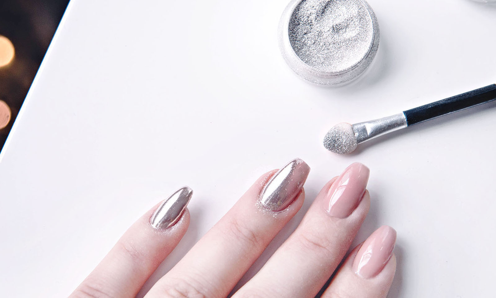 Chrome Nails: How To DIY The Metallic Manicure Trend forecasting
