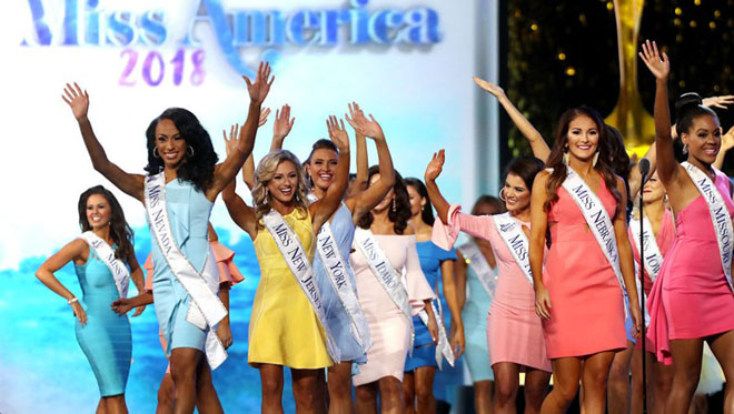 on stage miss america pageant