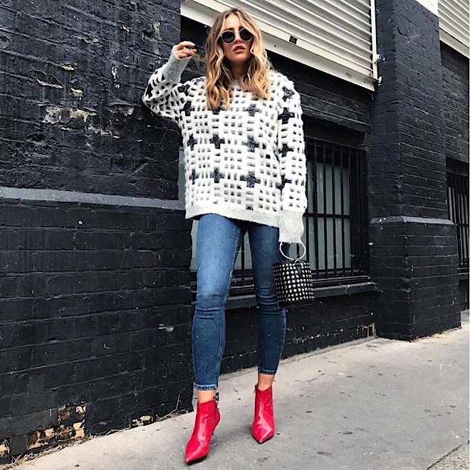 oversized-sweater-red-boots-street-style-fall-fashion-style-trends-denim-jeans