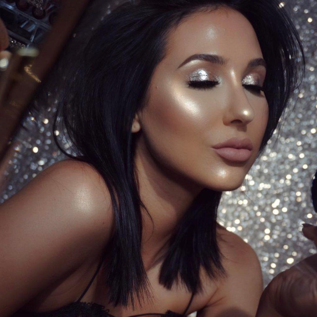 jaclyn-hill-silver-glittery-shimmery-eyeshadow-higlighter-makeup-cosmetics
