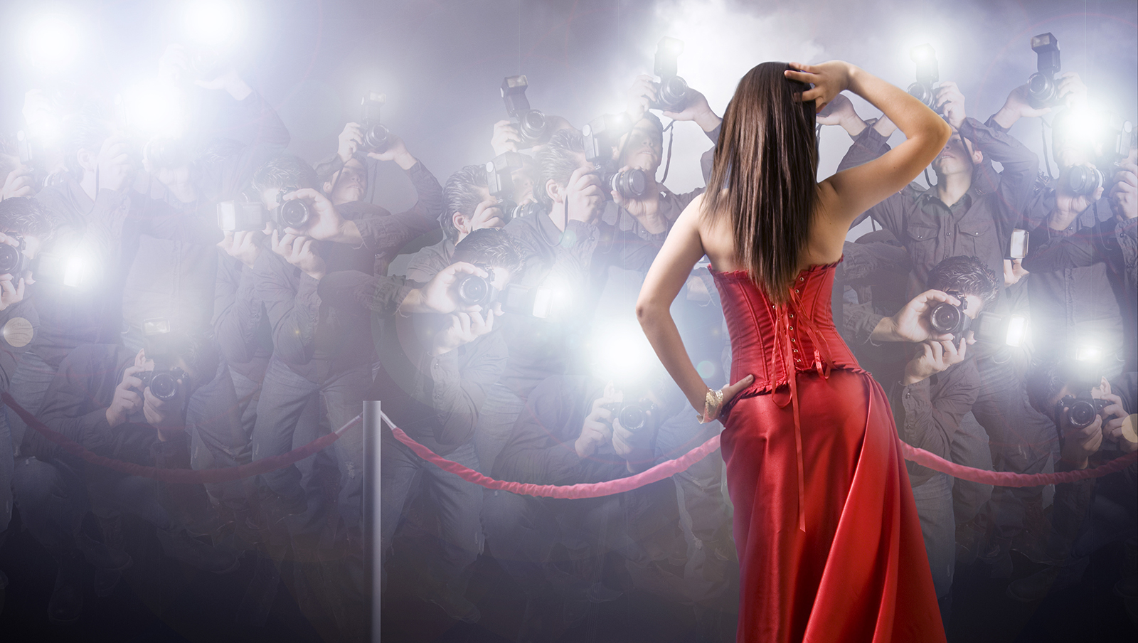 celebrity-being-photographed-on-the-red-carpet-from-behind