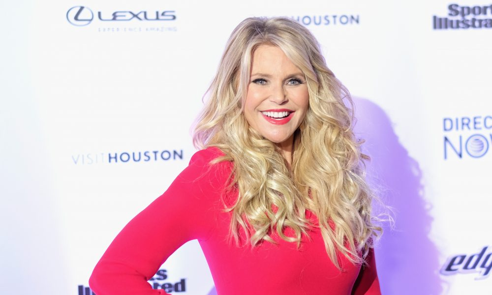Supermodel Christie Brinkley To Release A Cruelty Free Makeup Line