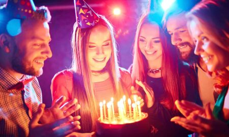 Fun-Party-Ideas-for-Adventurous-Adults-birthday-cake-main-image