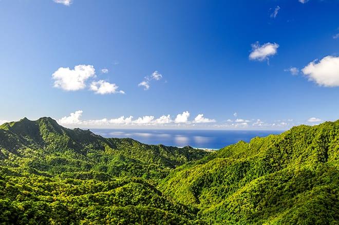 cook-islands-beautiful-hills-and-water-viva-glam-magazine