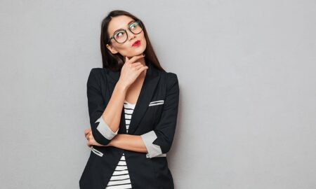 How-to-Perfect-Your-Professional-Look-business-woman-main-image