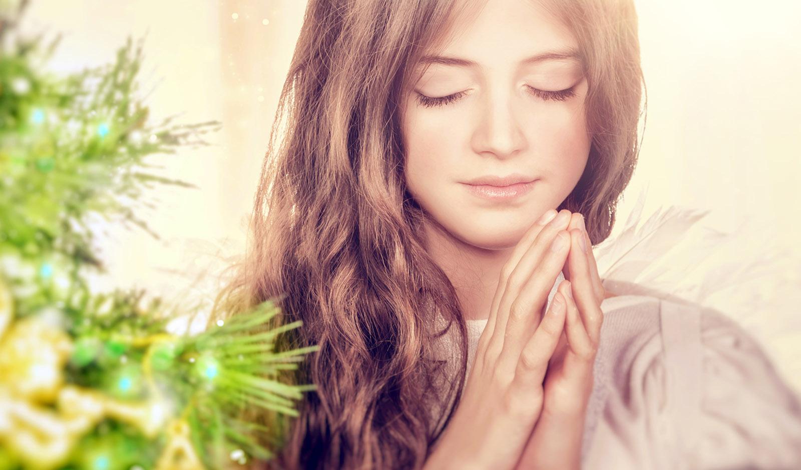 woman-praying-peace-belief-hope-spiritual