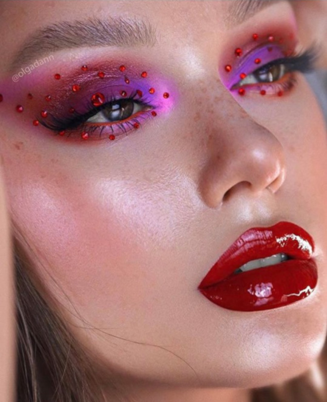 breakout summer makeup trends that will be huge after quarantine - vinyl lips