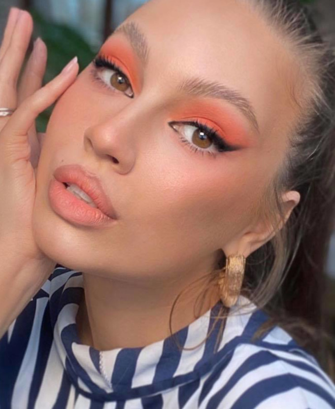 living coral makeup is here to replace the natural glam 1