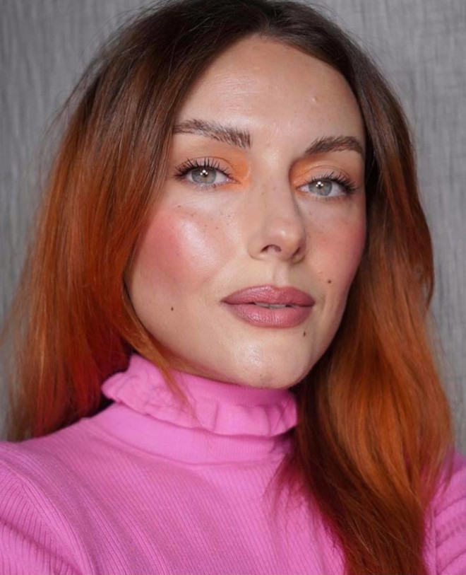 living coral makeup is here to replace the natural glam 7