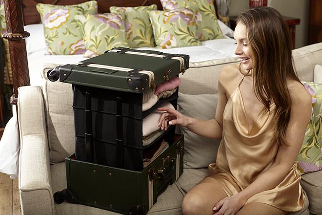 HeyChesto-suitcase-with-shelves-travel-tools-world-travel