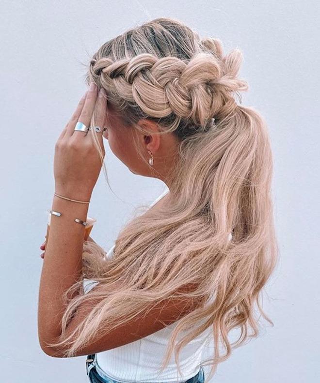 chic & feminine braided hairstyles for fuss-free summer 5