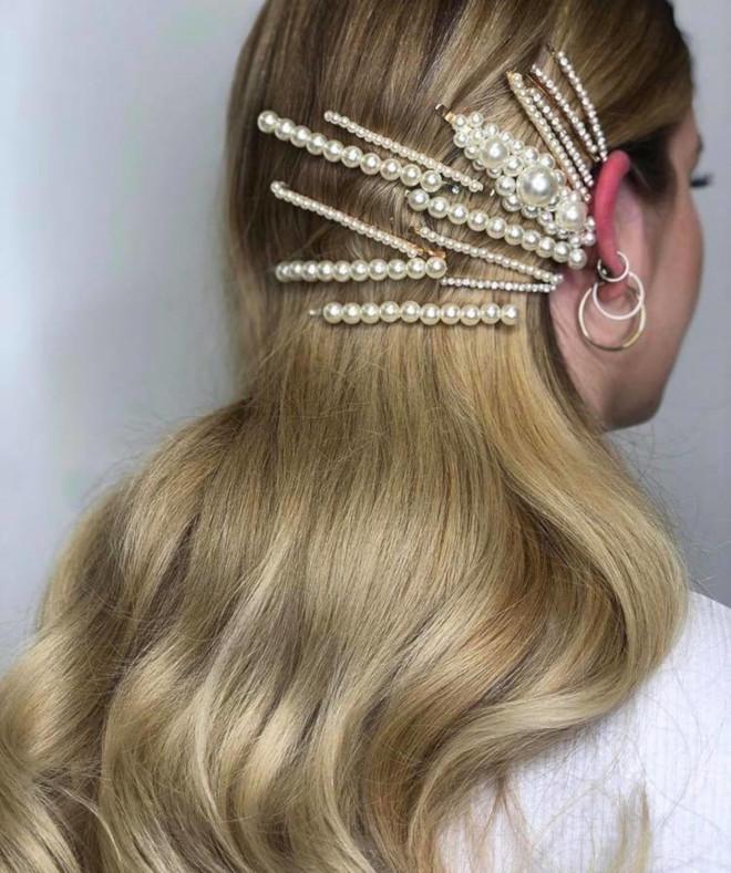 insanely chic ways to accessorize your hair this summer for a statement look 2