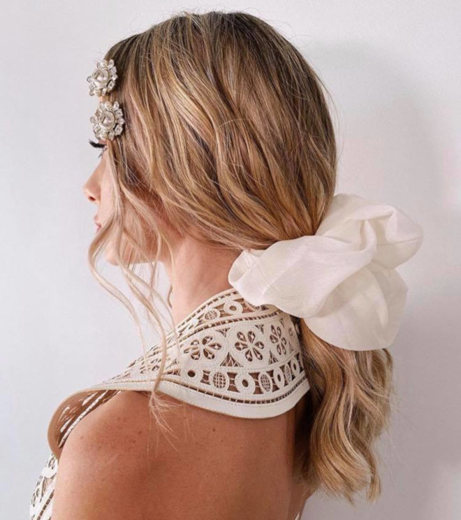 insanely chic ways to accessorize your hair this summer for a statement look 9