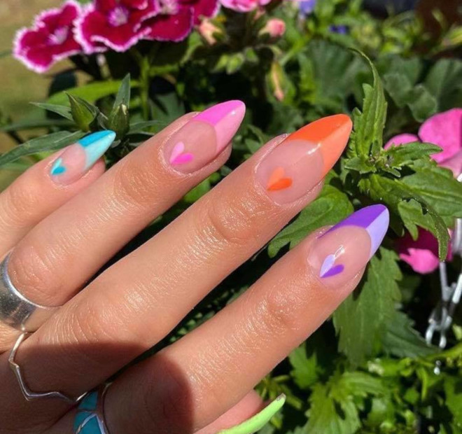 modern french manicure nails to try this summer 10