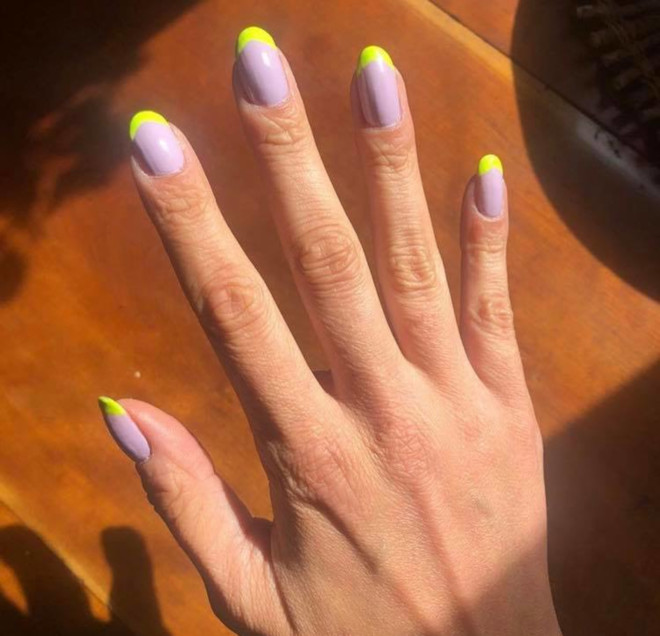 modern french manicure nails to try this summer 5
