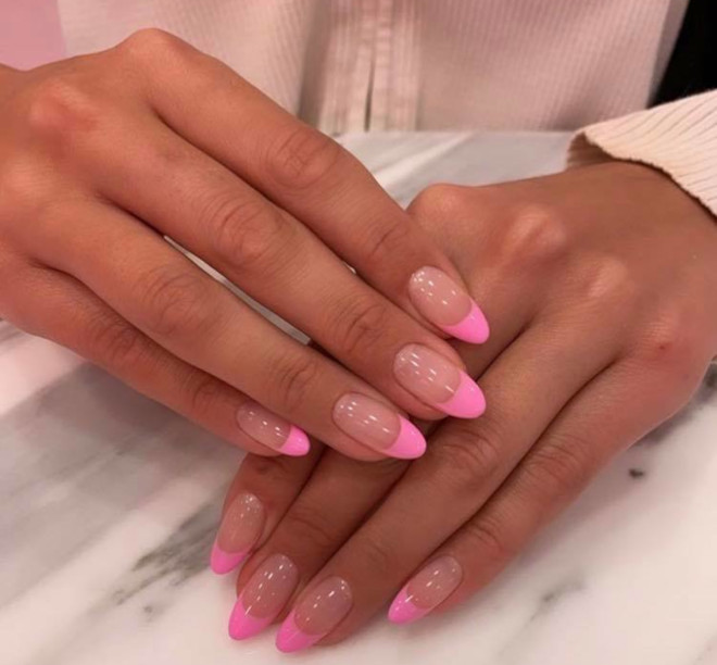 modern french manicure nails to try this summer 7