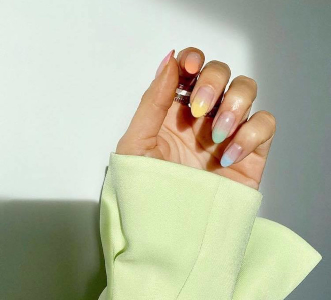 modern french manicure nails to try this summer 8