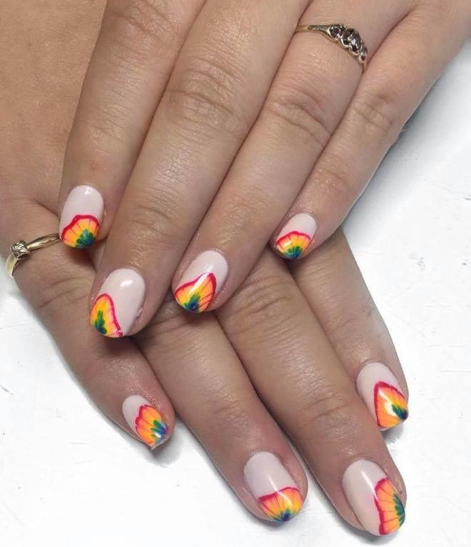 rainbow tie-dye french manicure 1