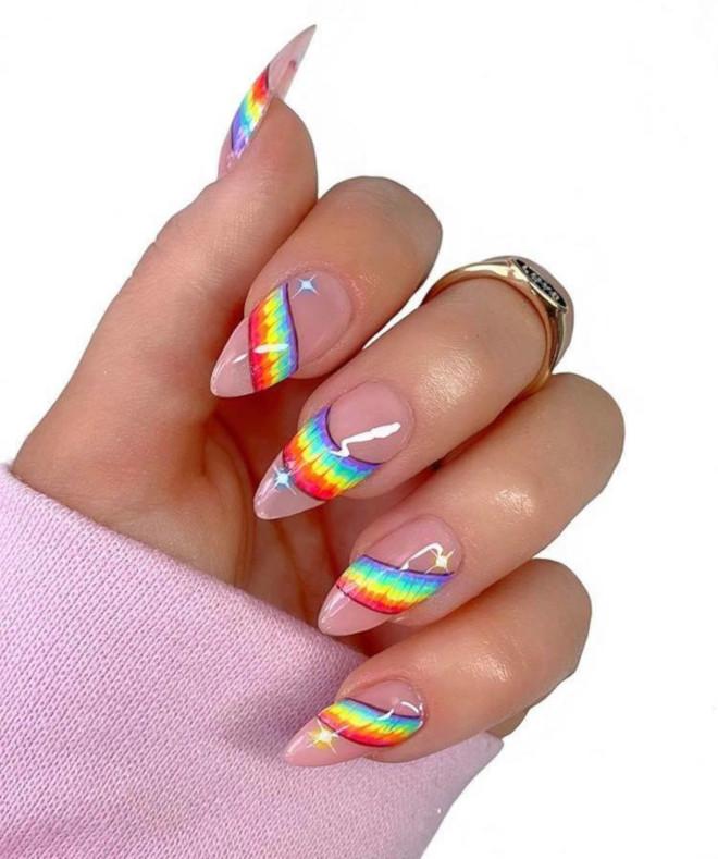 rainbow tie-dye french manicure 4