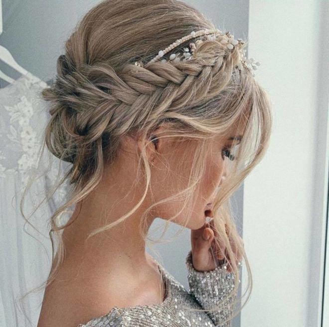 romantic updo hairstyles 1