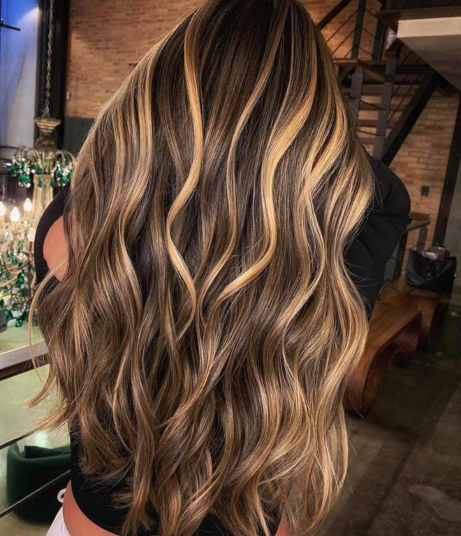 smoky gold hair colors 4
