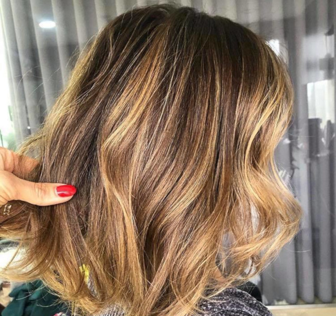 smoky gold hair colors for summer