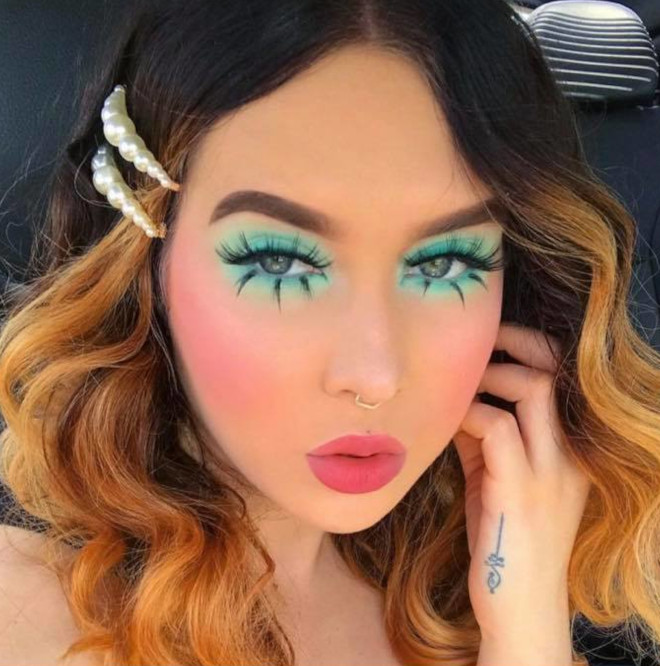 60s makeup is trending on instagram – here is how to wear it the modern way 2