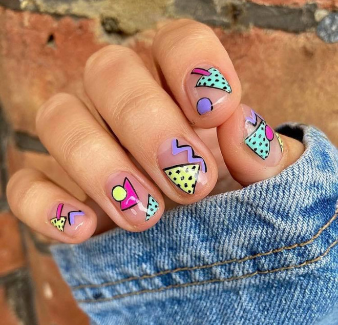 90s nails are blowing up on instagram 7