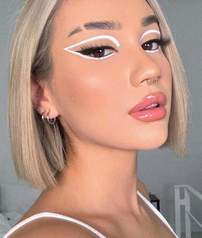 floating eyeliner makeup trend