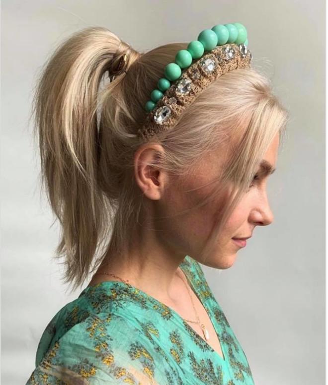 insanely pretty headband hairstyles to copy now 8