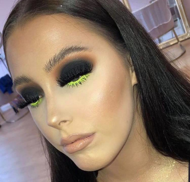 minimally neon makeup trend is the safest way to wear bright hues 6
