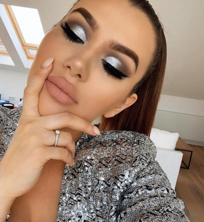 the best makeup looks to wear to the casino 6