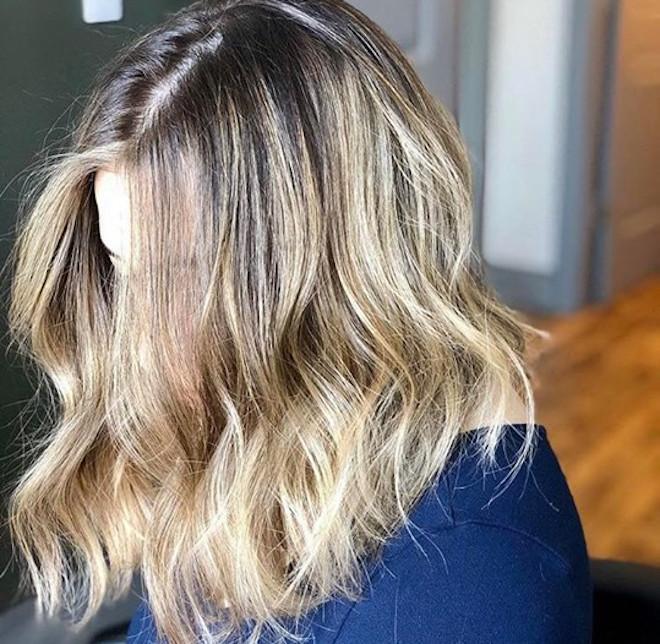 undone blonde hair trend 9