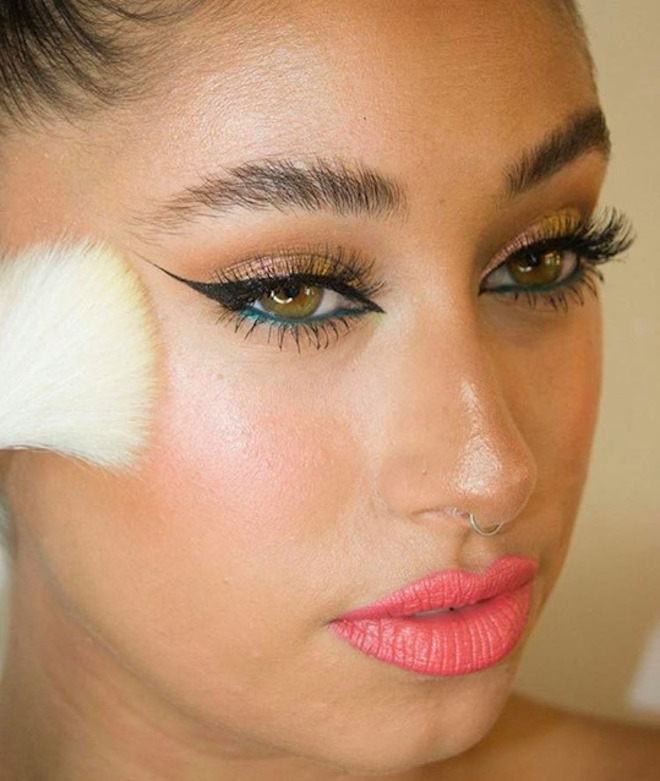 ways to pull off coral lipstick 7