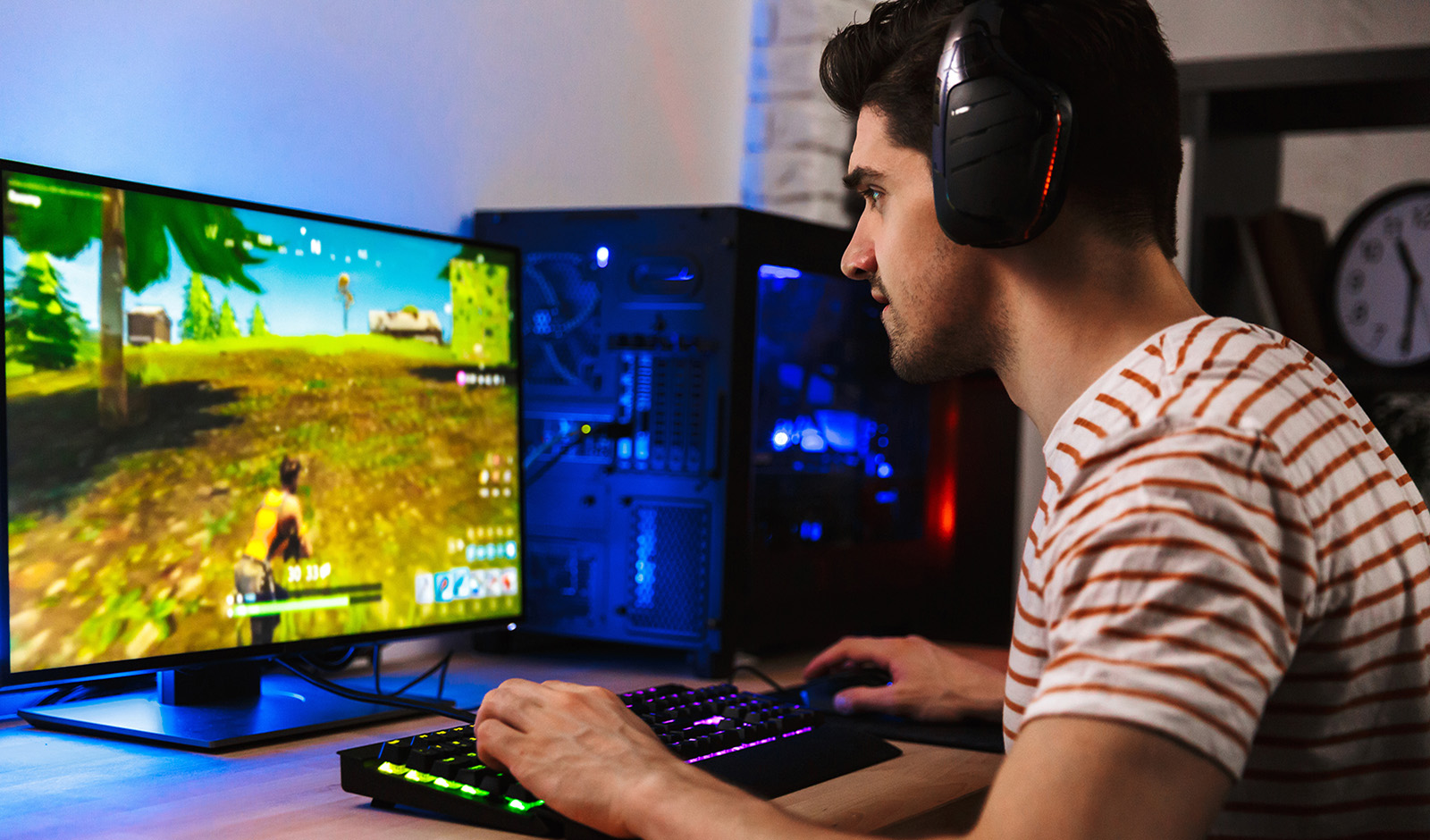 who-knew-gaming-would-be-so-popular-on-youtube-person-playing-an-online-game