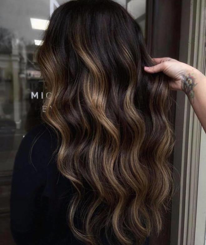 black espresso hair color trend 2
