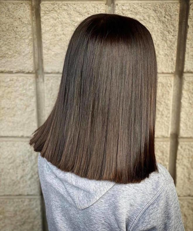 black espresso hair color trend 4